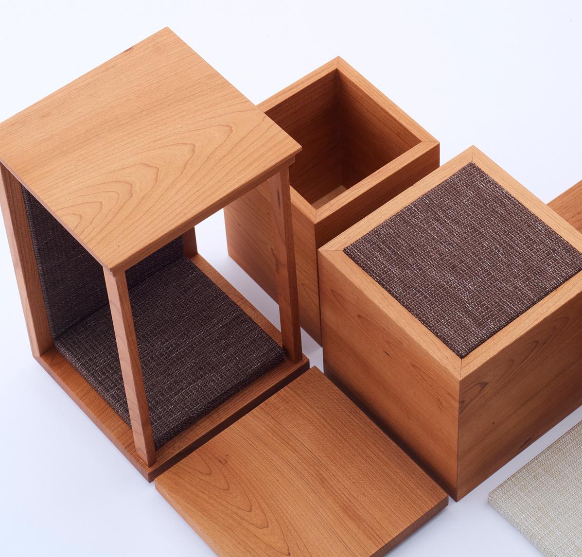 2つの箱と2枚の台を組み合わせて自由に飾れる供養具、『DECO』を発売いたします。